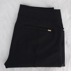 Tail Golf Sz 6 Athletic Cropped Black Pant